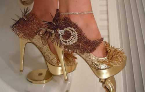 туфли с ремешком: выбрать толстый каблук или платформу